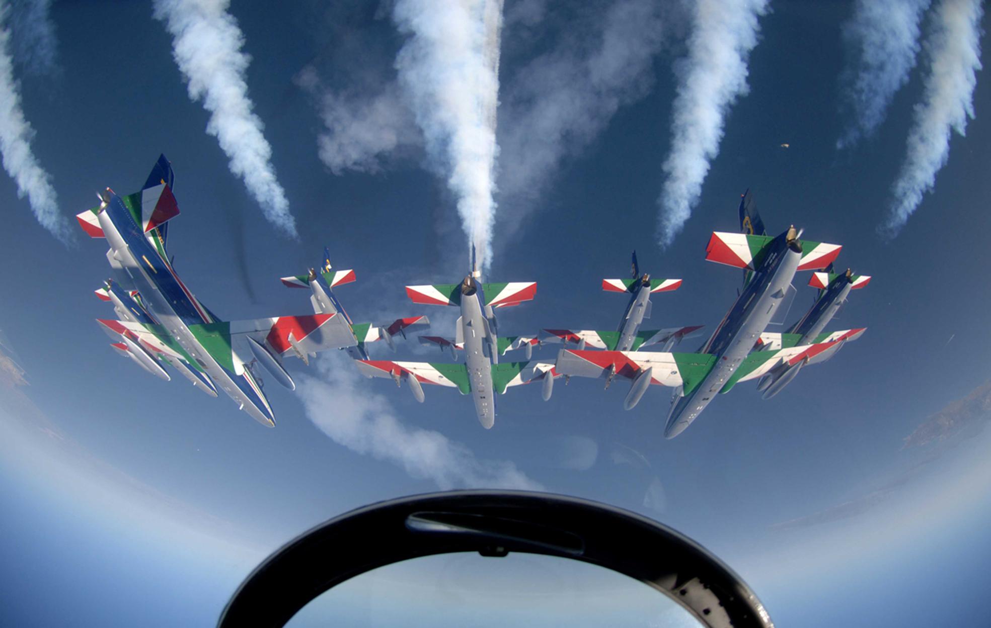 Le Frecce Tricolori sorvolano Perugia