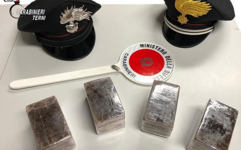 L'hashish sequestrato dai Carabinieri di Papigno