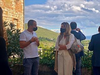 Il sindaco Betti con la dr.ssa Jatta