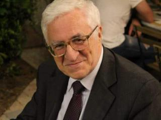 Il sindaco Umberto De Augustinis