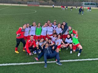 Le ragazze del calcio a 11
