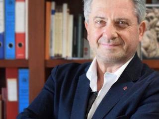 Il professor Franco Cotana