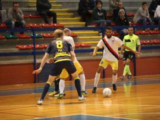 Una fase del match tra la Gadtch Perugia 2000 e la capolista Tenax Castel Fidardo