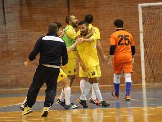 L'esultanza di Hicham Aouad dopo il secondo gol