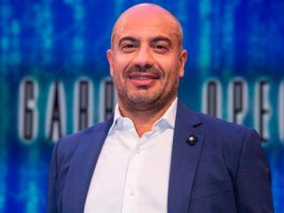 """Il conduttore de """"La Gabbia Open"""" Gianluigi Paragone"""