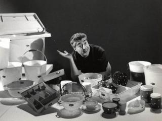 Gino Bramieri nel carosello Moplen