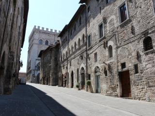 Gubbio, via dei Consoli