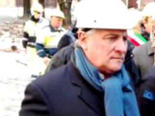 Il presidente Tajani dai terremotati