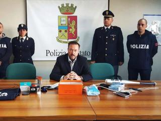 La conferenza stampa del vicequestore Luzi