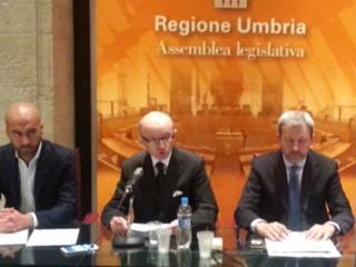 Squarta, Ricci, Nevi, opposizione in regione