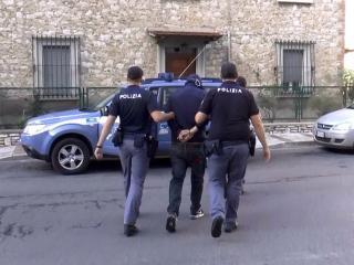 Polizia Perugia, arresti