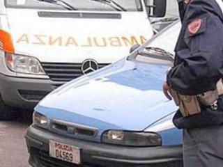 Ambulanza e polizia sul posto