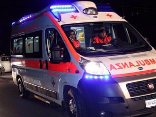 Ambulanza notturna .jpg