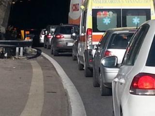 Traffico auto.jpg