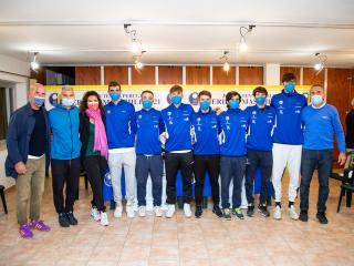 Il team di capitan Tarpani (foto Stefano Fasi)