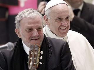 Kiko Arguello con Papa Francesco