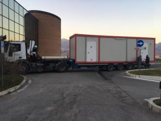 ospedale Terni, covid montaggio-triage-esterno1.jpg