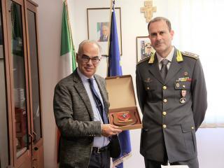 Luciano Bacchetta con il Col. t.ST Danilo Massimo Cardone