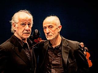 Toni e Peppe Servillo (foto Marco Caselli)