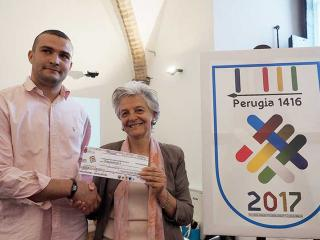 Nacir Imach premiato dall'assessore Severini