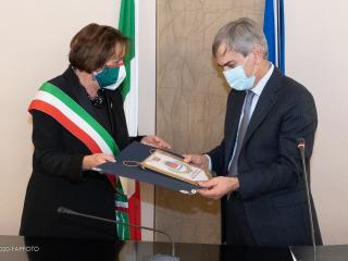 Il Prefetto Gradone e il sindaco Lungarotti