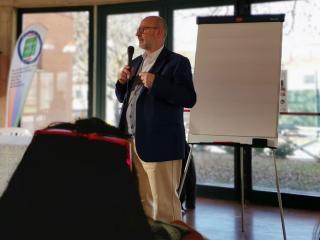 Sergio De Vincenzi durante l'assemblea di Umbria Next