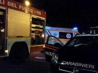 vigili-del-fuoco-ambulanza-e-carabinieri.jpeg